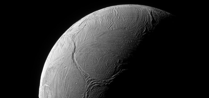 «Y-образный разрыв» на Энцеладе. Credit: NASA/JPL-Caltech/Space Science Institute