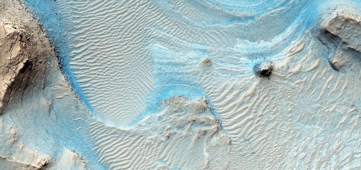 Марсианская область Nili Fossae. Image credit: NASA/JPL-Caltech/Univ. of Arizona
