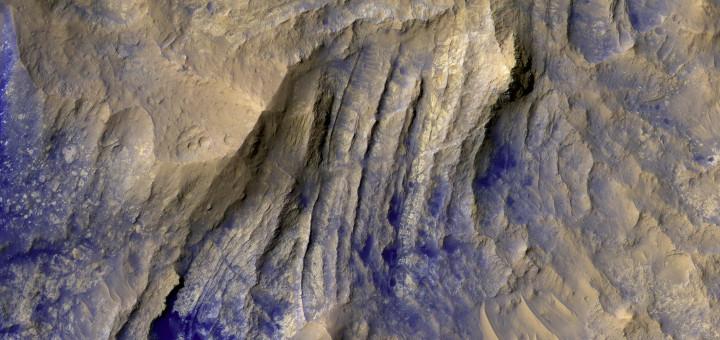 Брекчиевые дайки на Марсе. Credit: NASA