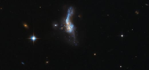 IRAS 14348-1447. Credit: ESA/Hubble & NASA