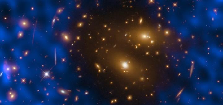 Скопление галактик RX J1347.5–1145. Credit: ALMA (ESO/NAOJ/NRAO)/T. Kitayama (Toho University, Japan)/ESA/Hubble & NASA