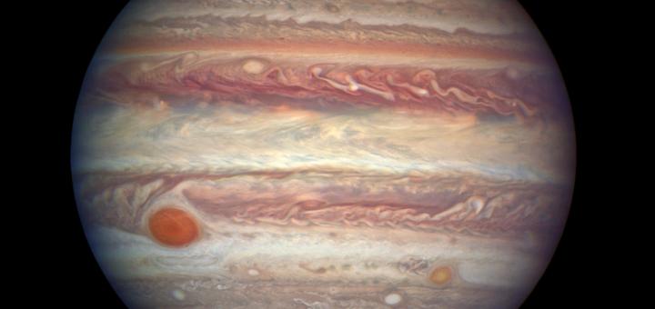 3 апреля 2017 года, когда Юпитер приблизился к Земле, космический телескоп «Hubble» рассмотрел самую большую планету Солнечной системы во всей красе. Credits: NASA, ESA, and A. Simon (NASA Goddard)