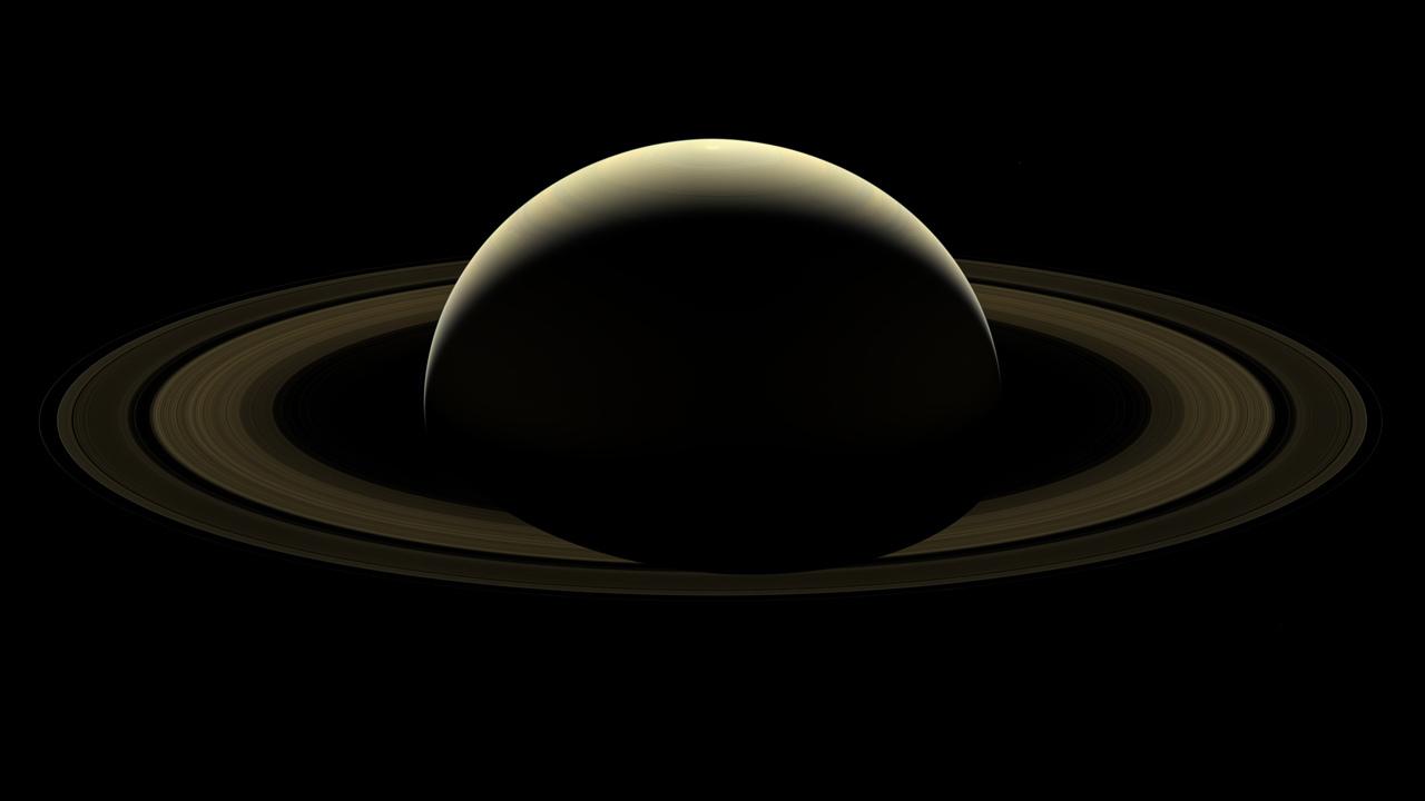 Снимок: «Прощальный» комбинированный снимок системы Сатурна отаппарата Cassini