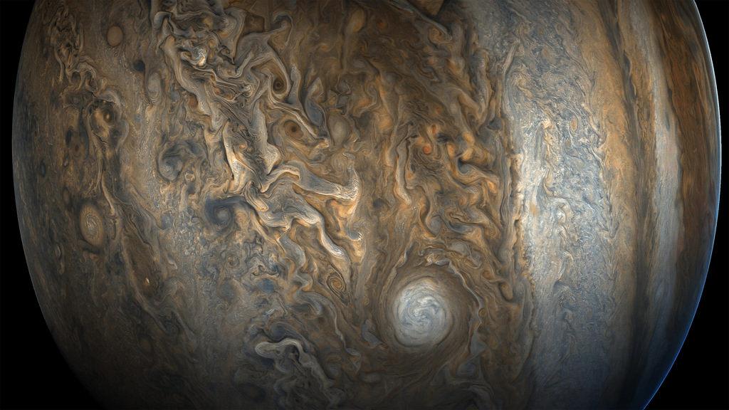 NASA представило фото Юпитера, сделанные зондом Juno