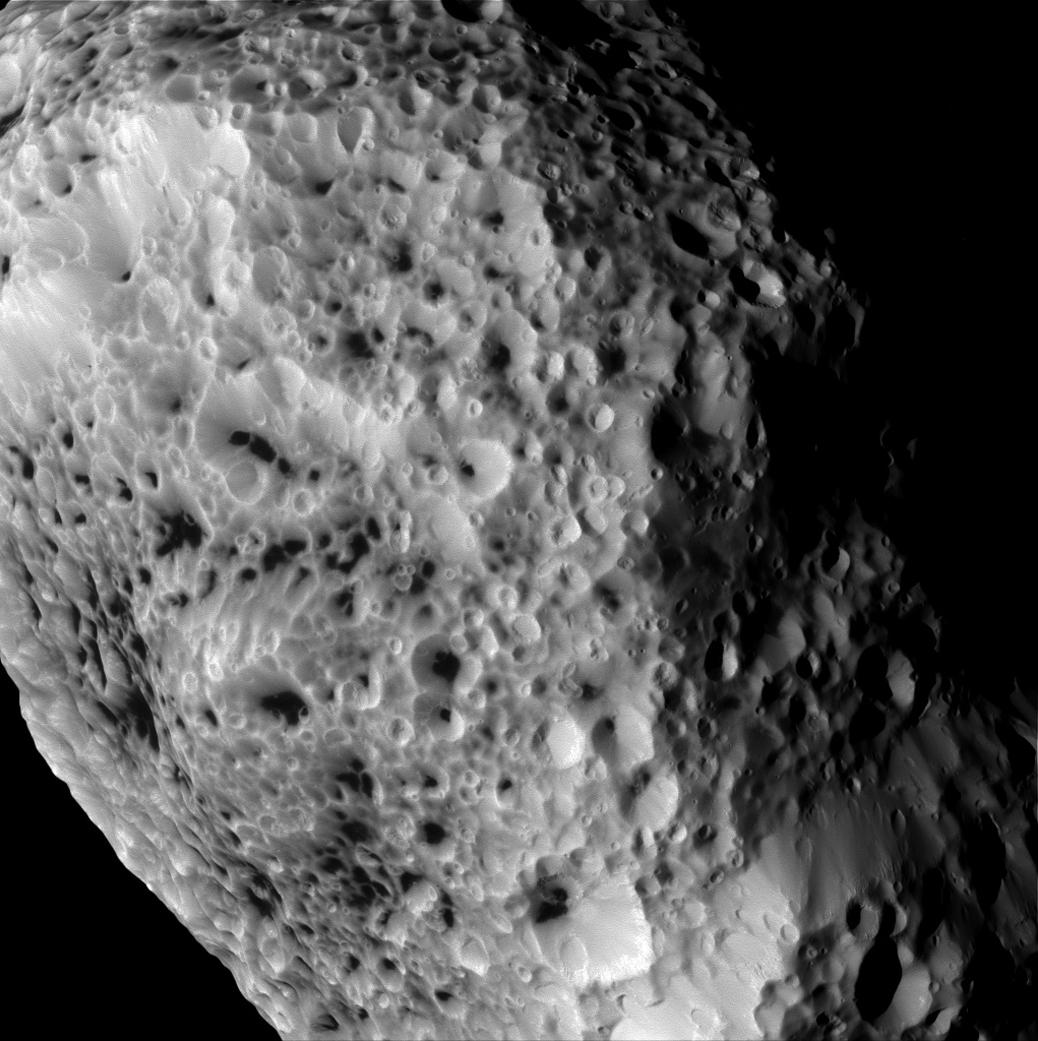 cassini-saturn-sputnik-hyperion