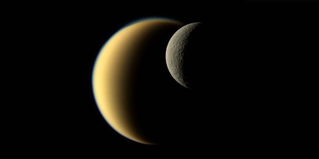 Вчені пояснили причину нахилу осі обертання Сатурна