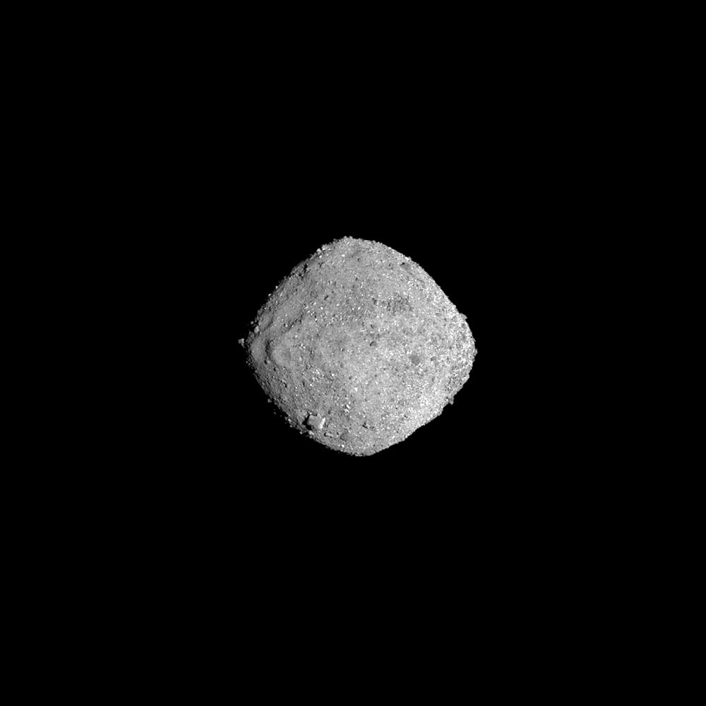 Фотография астероида Бенну, полученная космическим аппаратом OSIRIS-REx 16 ноября 2018 года с расстояния 136 километров. Credit: NASA/Goddard/University of Arizona